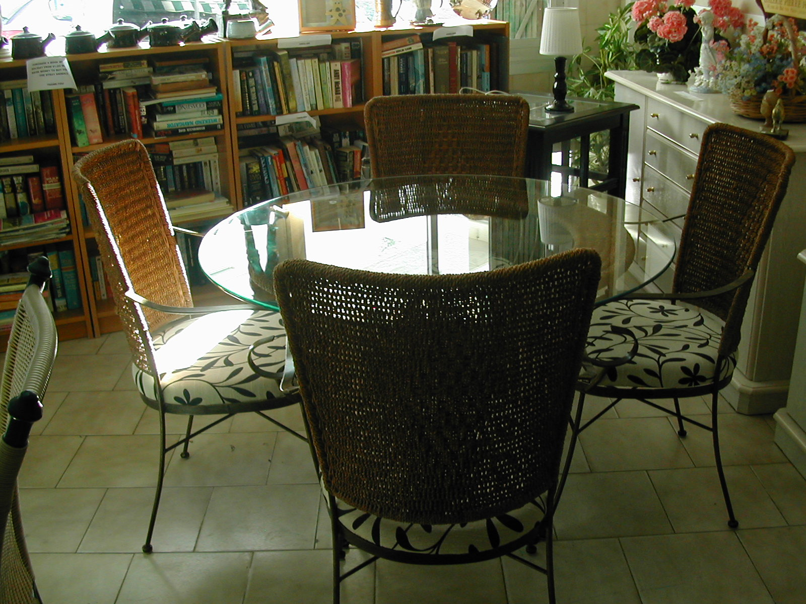 bar woven size aluminum interior stool wicker and natural hanging krattan sale counter with modern parisian garden design paris stores stools bistro small chair white full chairs of stackable decor round furniture rattan ikea red arm for french benefits style colorful table outdoor idea